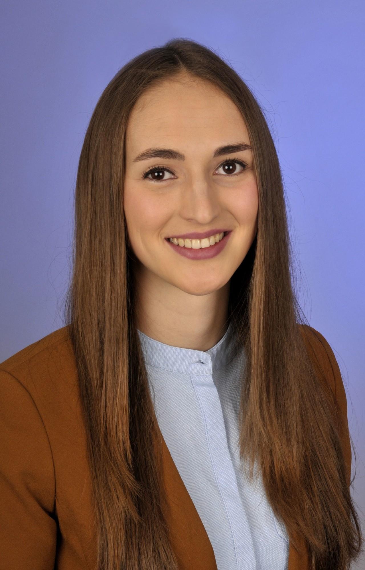 Theresa Schneeberger